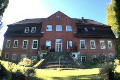 Herrenhaus bei Kiel – direkt am Nord-Ostsee-Kanal